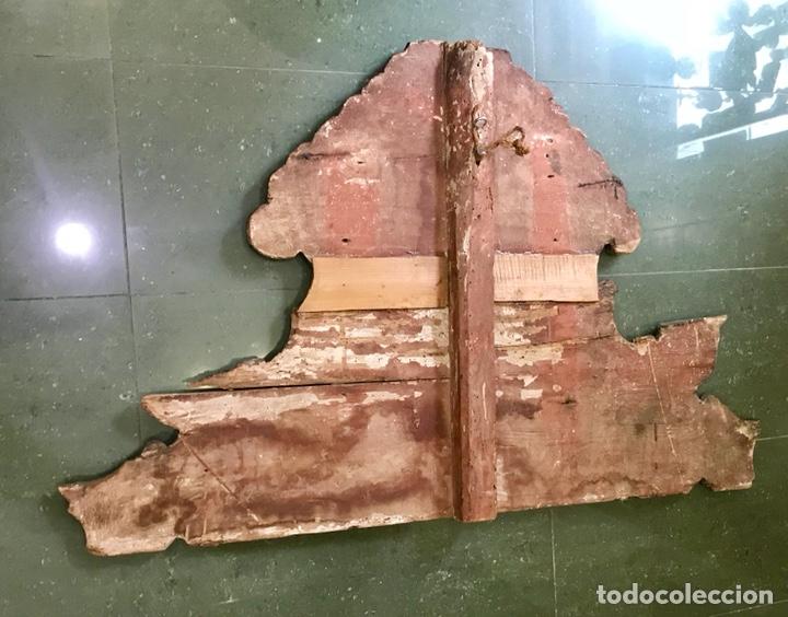 Antigüedades: Cabezal, cabecero de cama tallado en madera, policromado y dorado. Inmaculada Concepción. Siglo XVII - Foto 19 - 149315373