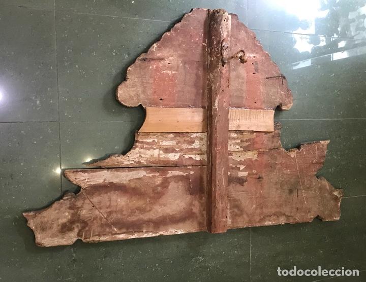Antigüedades: Cabezal, cabecero de cama tallado en madera, policromado y dorado. Inmaculada Concepción. Siglo XVII - Foto 21 - 149315373