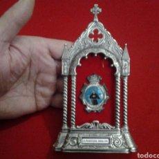 Antigüedades: CAPILLA DE VIAJE DE METAL , SAN PASCUAL BAILÓN. Lote 149358857
