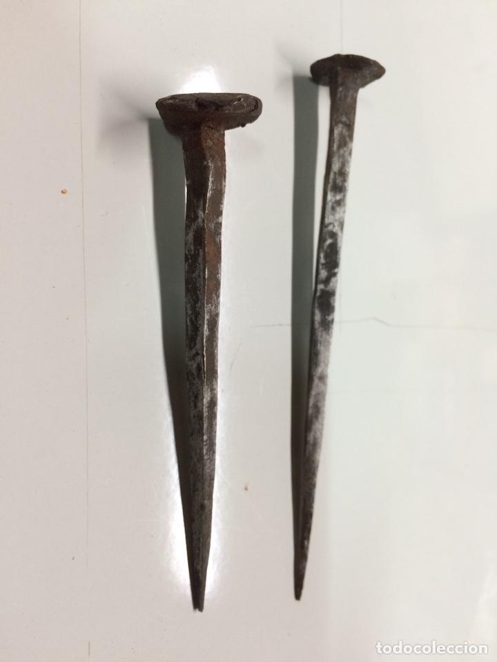 CLAVOS ANTIGUOS DE FORJA (A) (Antigüedades - Varios)