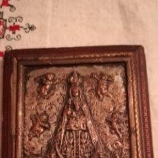 Antigüedades: ANTIGUO CUADRO DE COBRE TROQUELADO Y PLATEADO DE LA VIRGEN DE BEGOÑA. Lote 149390861