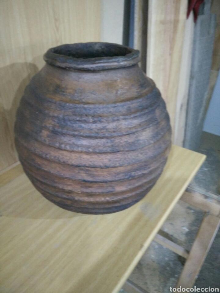 TINAJA DE MOVEROS EN BARRO (Antigüedades - Porcelanas y Cerámicas - Otras)