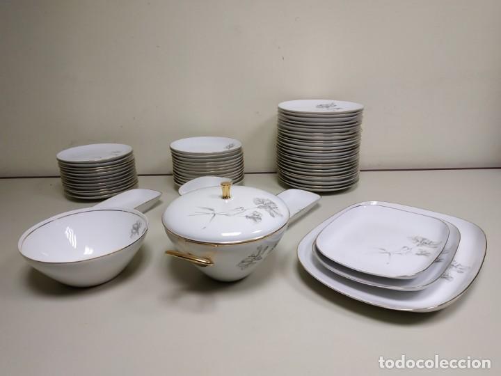 419- VAJILLA FONTANELLAS COMPLETA CIRCA AÑOS 50-60. (Antigüedades - Porcelanas y Cerámicas - Otras)