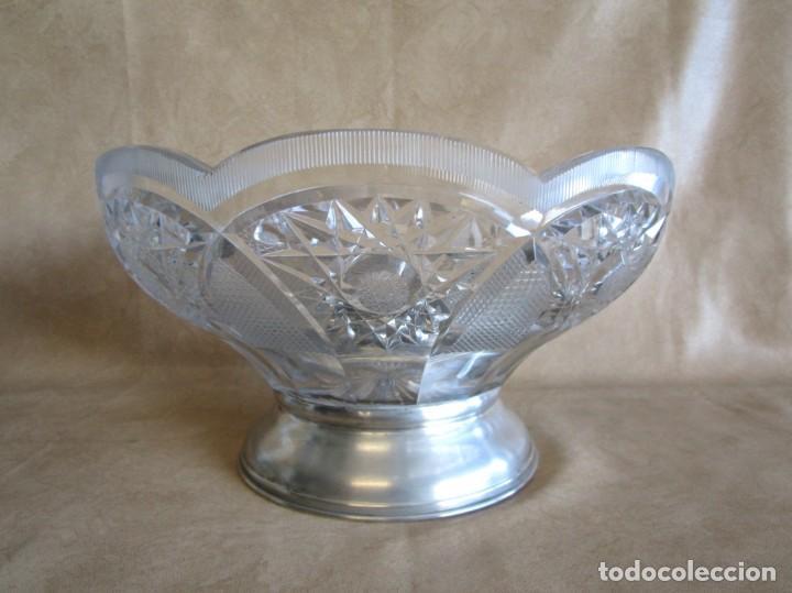Antigüedades: centro de mesa o frutero cristal bohemia tallado con base de plata - Foto 2 - 149563438