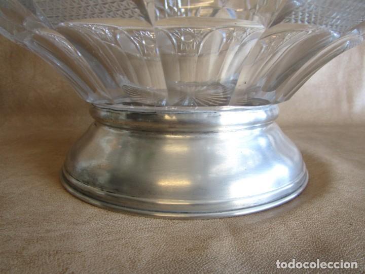 Antigüedades: centro de mesa o frutero cristal bohemia tallado con base de plata - Foto 5 - 149563438