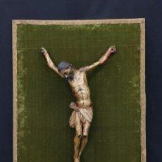 Antigüedades: CRISTO EN MADERA SOBRE RETABLO. Lote 149576178