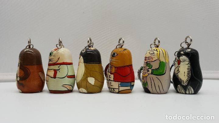 Antigüedades: Divertida colección antigua de llaveros chinos realizados y pintados a mano, 6 unidades - Foto 3 - 149587066