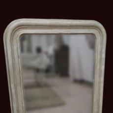 Antigüedades: ANTIGUO ESPEJO ISABELINO DE MADERA DE CAOBA RUBIA, LACADO EN NEGRO. SIGLO XIX. LEER. 95X79 CM. Lote 126031775