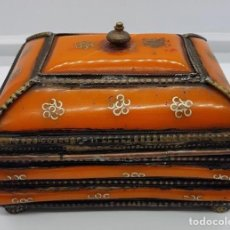 Antigüedades: ANTIGUO COFRE ORIENTAL ORIENTAL. Lote 149726370