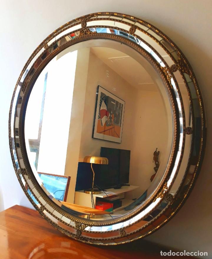 Antigüedades: Gran Espejo Antiguo Años 40. Posiblemente España o Francia. Con decoración en Latón. - Foto 5 - 149811750