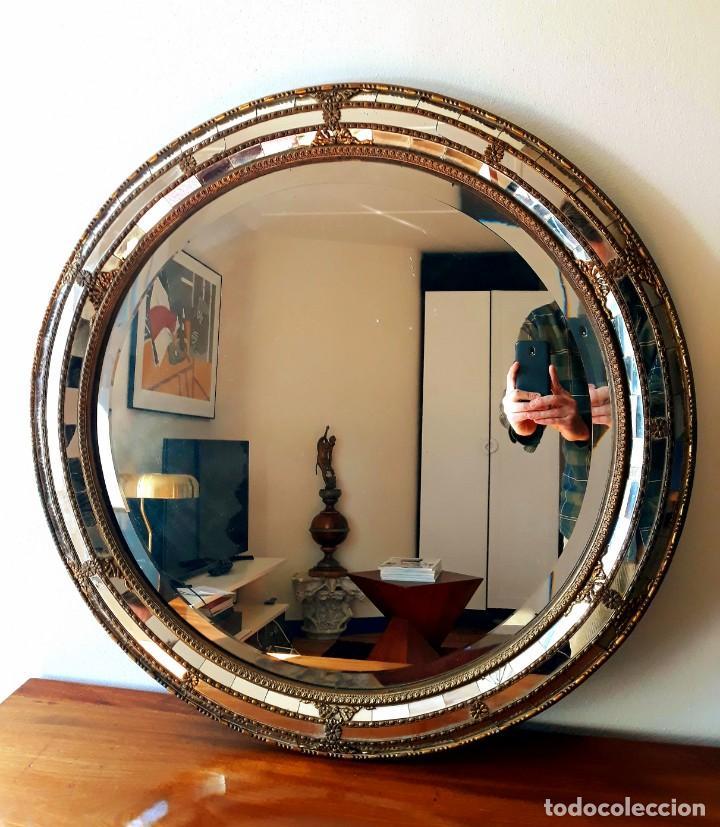 Antigüedades: Gran Espejo Antiguo Años 40. Posiblemente España o Francia. Con decoración en Latón. - Foto 6 - 149811750