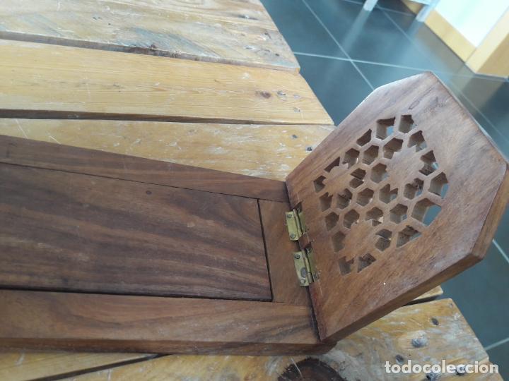 Antigüedades: Precioso sujetalibros de madera, Antiguo. Extensible. de 33cm a 47cm aprox. - Foto 2 - 149818738