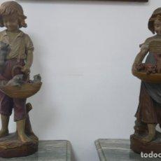 Antigüedades: PAREJA DE LOS NIÑOS EN TERRACOTA FRANCÉS. 50CM. Lote 149849762