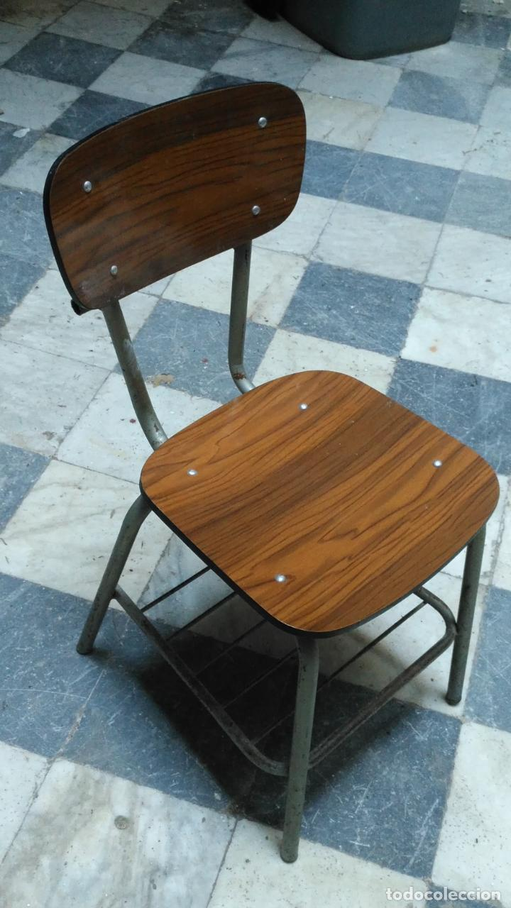 Antigüedades: vintage industrial loft retro asiento Sillas 77 CM colegio escuela fórmica con librero bajo AÑOS 60 - Foto 2 - 222584351