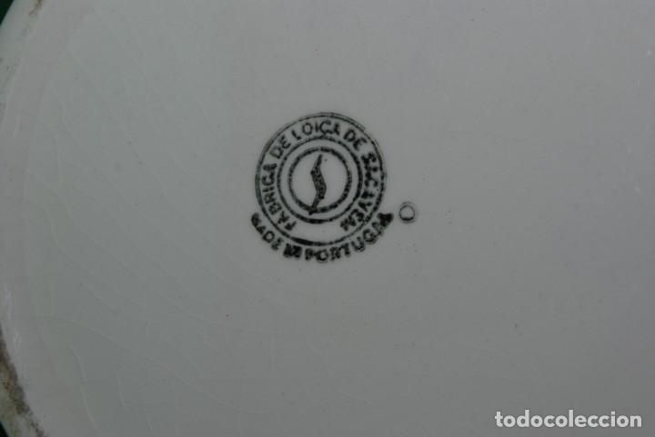 Antigüedades: ANTIGUA JARRA DE CERÁMICA DE LA FÁBRICA DE LOZA DE SACAVEM, PORTUGAL - SELLO EN LA BASE - Foto 7 - 149947014