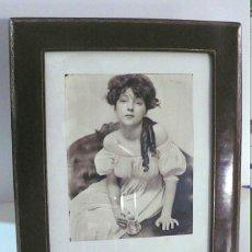 Antigüedades: PORTAFOTOS EN PIEL. Lote 149954838