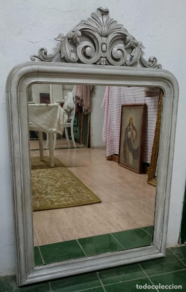 Antigüedades: Antiguo espejo isabelino pintado al estilo gustaviano. Pieza única y especial. Luna original.104x67 - Foto 2 - 149187578