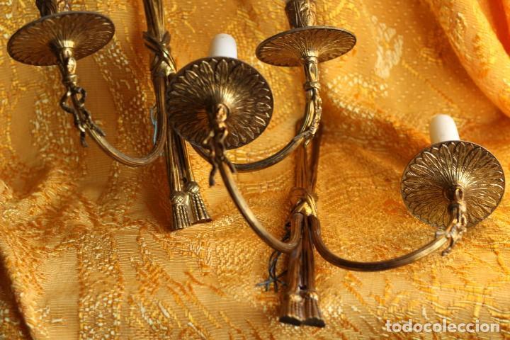 ANTIGUOS APLIQUES APLIQUE DE BRONCE DORADO ESTILO LUIS XV (Antigüedades - Iluminación - Apliques Antiguos)