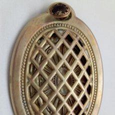 Antigüedades: ANTIGUA MIRILLA DE BRONCE.. Lote 150004052