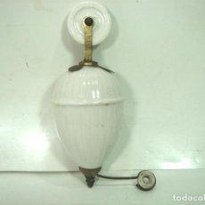 Antigüedades: ANTIGUO CONTRAPESO CERAMICA PARA LAMPARA TECHO- CONTRA PESO PORCELANA POLEA GARRUCHA. Lote 150062286