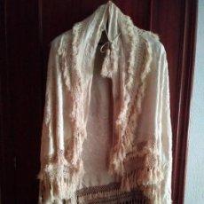 Antigüedades: MANTON MANILA SALIDA DE TEATRO CHAL BORDADO. Lote 150071146