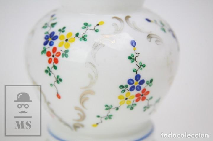 Antigüedades: Antiguo Jarrón de Vidrio Opalino / Opalina Pintado a Mano - Decoración Floral - Años 60-70 - Foto 8 - 150073542