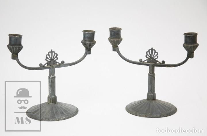PAREJA DE ANTIGUOS CANDELABROS ART NOUVEAU DE ESTAÑO O PELTRE - ORIVIT, REF 2913 - ALEMANIA, C. 1900 (Antigüedades - Iluminación - Candelabros Antiguos)