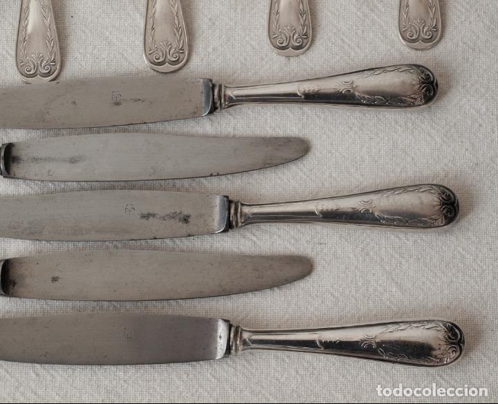 Antigüedades: JUEGO DE CUBIERTOS, 5 CUCHARAS, 5 TENEDORES Y 5 CUCHILLOS. METAL PLATEADO. VER FOTOS Y DESCRIPCION - Foto 6 - 150104038