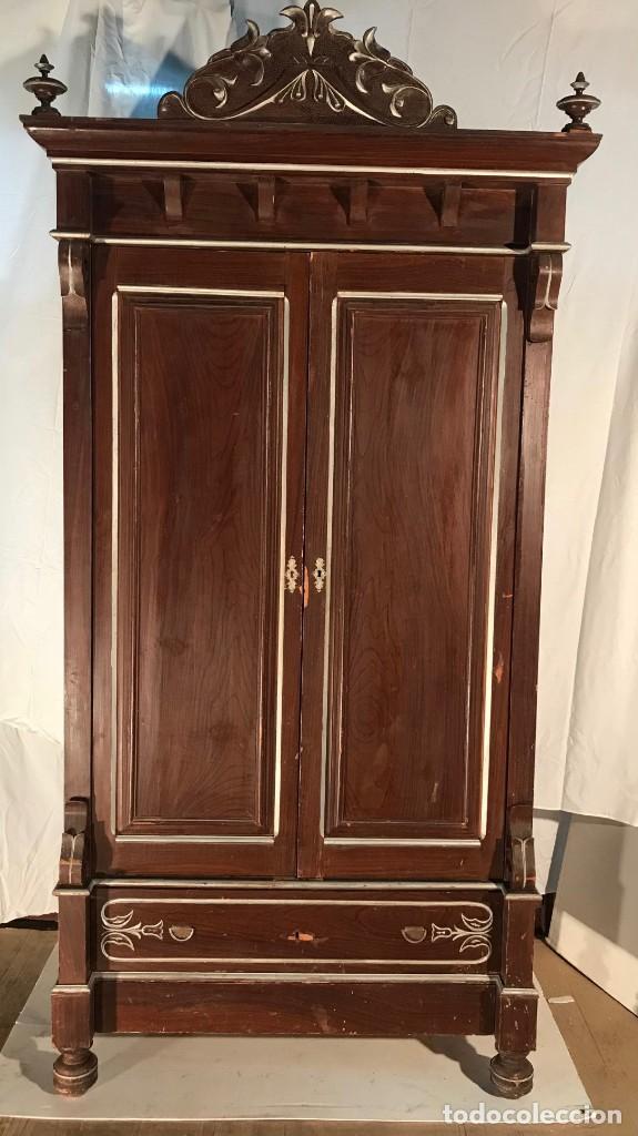 ARMARIO ANTIGUO TIPO ALFONSINO (Antigüedades - Muebles Antiguos - Armarios Antiguos)