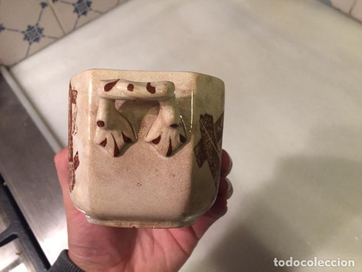 Antigüedades: Antigua salsera de porcelana blanca con dibujos marrones siglo XIX - Foto 4 - 150172994