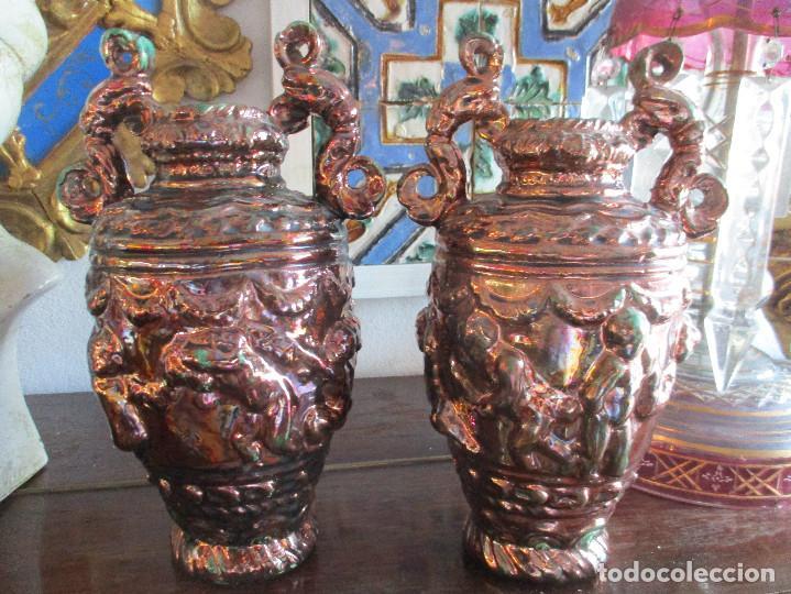 PAREJA DE JARRONES DE REFLEJOS (TRIANA) (Antigüedades - Porcelanas y Cerámicas - Triana)