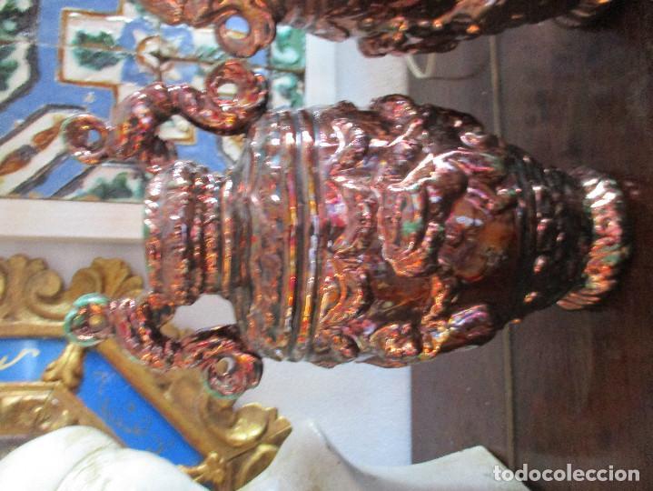 Antigüedades: Pareja de jarrones de reflejos (Triana) - Foto 2 - 150174518