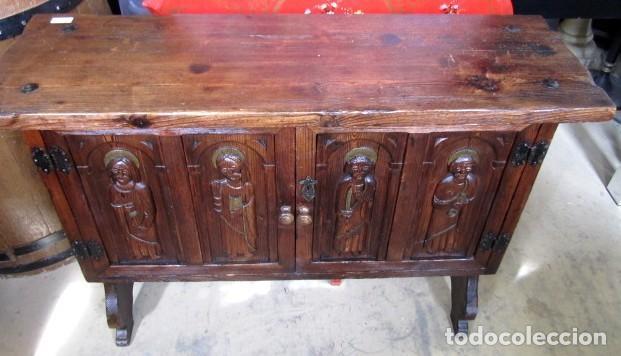 Antigüedades: Consola, taquillon, aparador rustico antiguo tallado - Foto 2 - 150253474