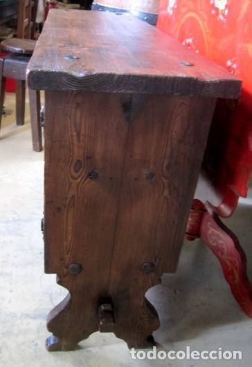 Antigüedades: Consola, taquillon, aparador rustico antiguo tallado - Foto 3 - 150253474