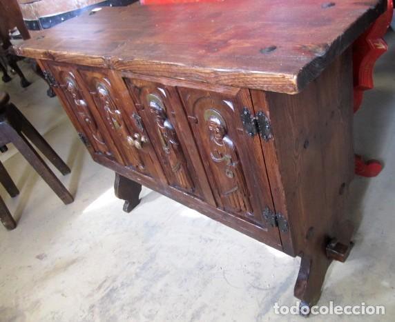 Antigüedades: Consola, taquillon, aparador rustico antiguo tallado - Foto 4 - 150253474