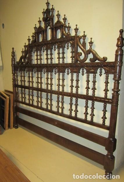 Antigüedades: Cabecero rustico antiguo torneado - Foto 2 - 150257370
