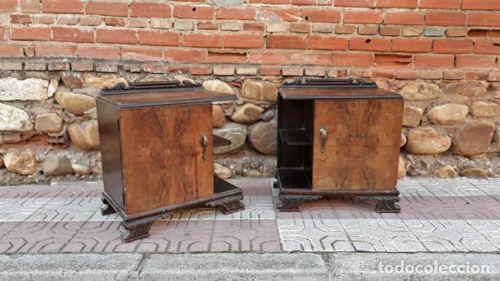 Antigüedades: Pareja de mesillas de noche antiguas estilo art decó. Dos mesitas de dormitorio antiguas vintage. - Foto 2 - 150288266