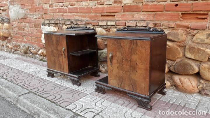 Antigüedades: Pareja de mesillas de noche antiguas estilo art decó. Dos mesitas de dormitorio antiguas vintage. - Foto 4 - 150288266