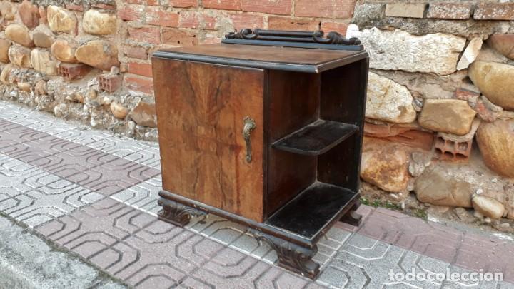 Antigüedades: Pareja de mesillas de noche antiguas estilo art decó. Dos mesitas de dormitorio antiguas vintage. - Foto 15 - 150288266