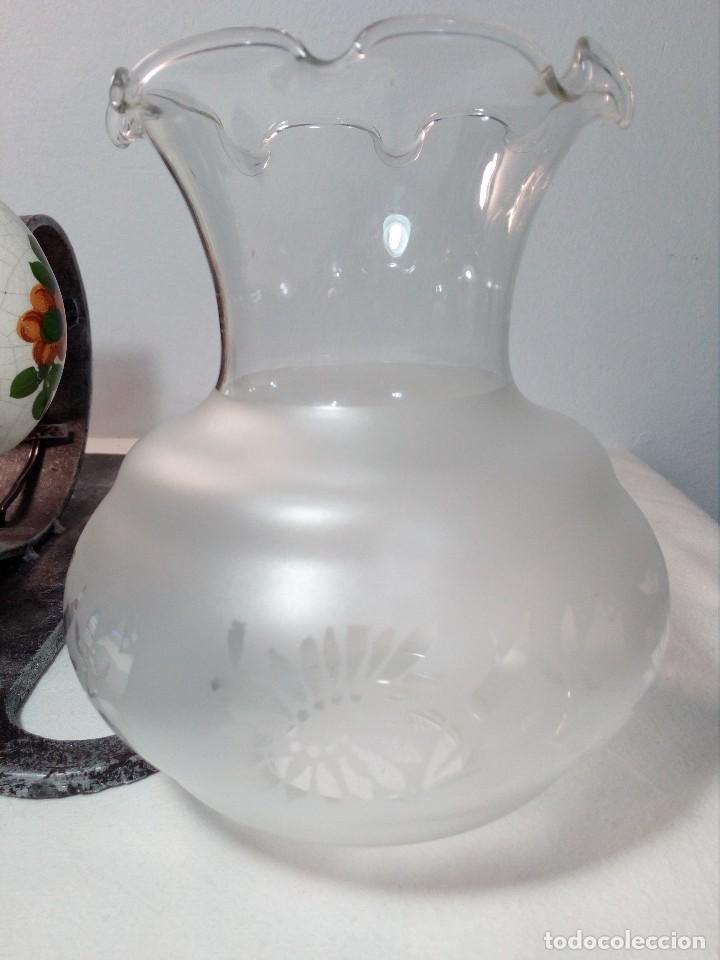 Antigüedades: LÁMPARA FAROL APLIQUE DE PARED DE HIERRO FORJADO CON CERÁMICA DE FLORES Y TULIPA - Foto 19 - 150312554