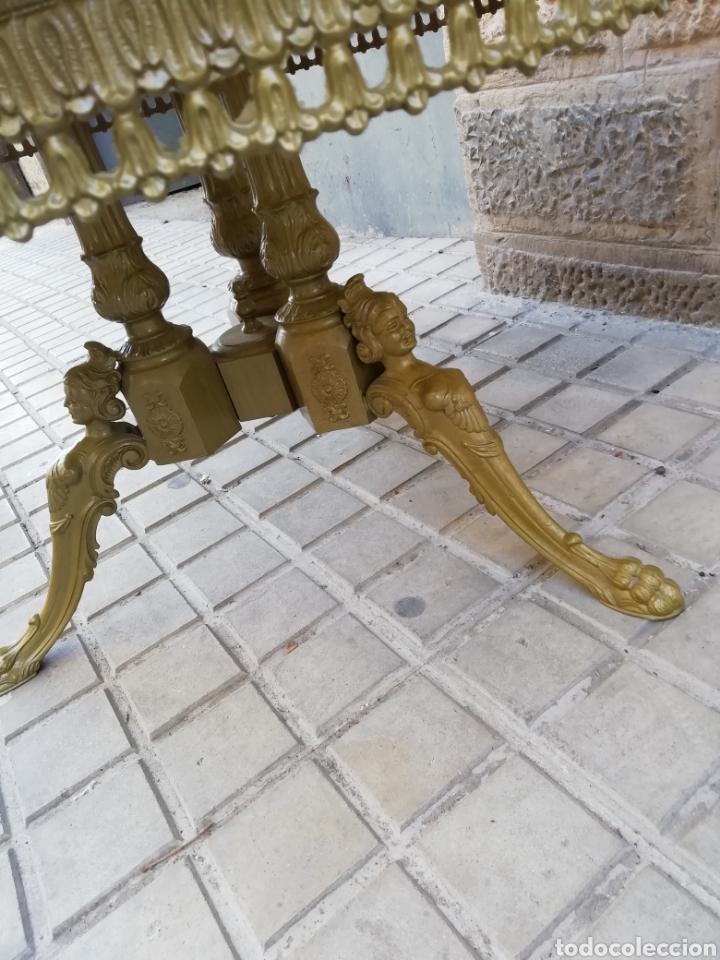 Antigüedades: Velador de bronce - Foto 5 - 150352766