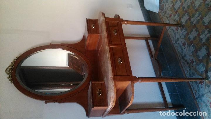 Antigüedades: Excepcional tocador de roble, nogal, etc... con dorados puro siglo diecinueve por tan sólo - Foto 2 - 150356570