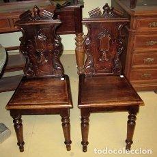 Antigüedades: PAREJA DE SILLAS ANTIGUAS TALLADAS, NEOCLASICAS,. Lote 150376918