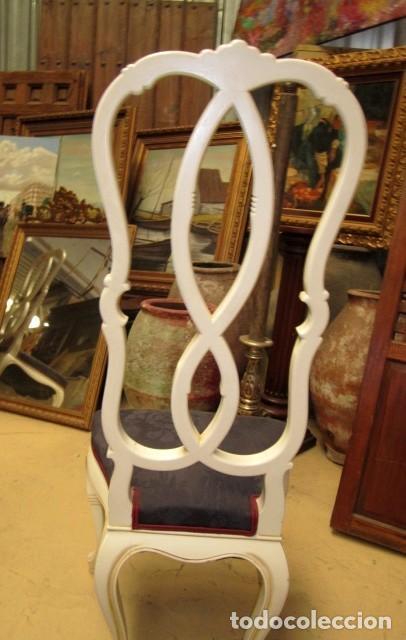 Antigüedades: 4 Sillas vintage con repaldo en talla de lazo, policromado en blanco - Foto 6 - 150378502