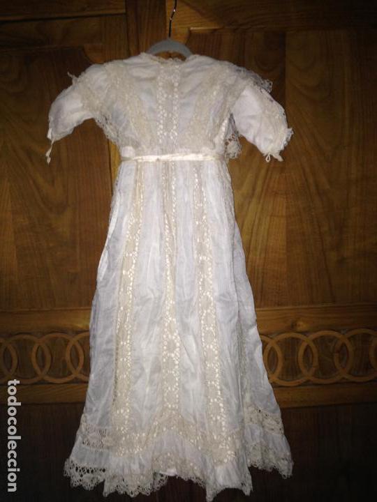 Antigüedades: Vestido niña 1900/1905 puntilla con otro vestido interior de tela VER FOTOS - Foto 2 - 150448822