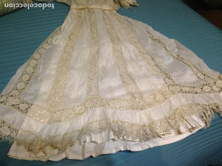 Antigüedades: Vestido niña 1900/1905 puntilla con otro vestido interior de tela VER FOTOS - Foto 4 - 150448822