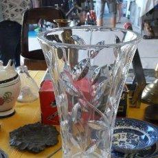 Antiquitäten - florero de cristal roca tallado con base de plata - 150469466
