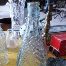 Antigüedades: BOTELLA DE CRISTAL . Lote 150485406