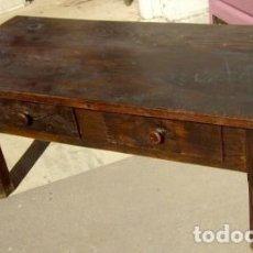 Antigüedades: MESA BAJA ANTIGUA DE DOS CAJONES EN MADERA DE CASTAÑO . Lote 150530858