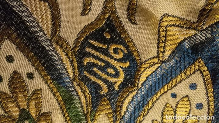 Antigüedades: gran manton mantoncillo tradicional regional brocado seda o sedina muy buen estado 130cm + fleco - Foto 11 - 150675294
